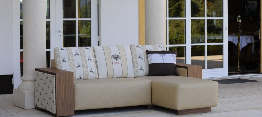 Couch-Speckbacherhof-Terrasse-2.-Bild1-e1432666675449