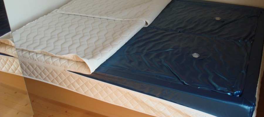 Softside_Waterbed_Inside